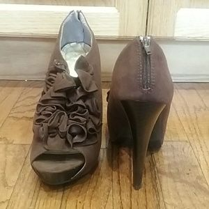 Body Central Brown Heels